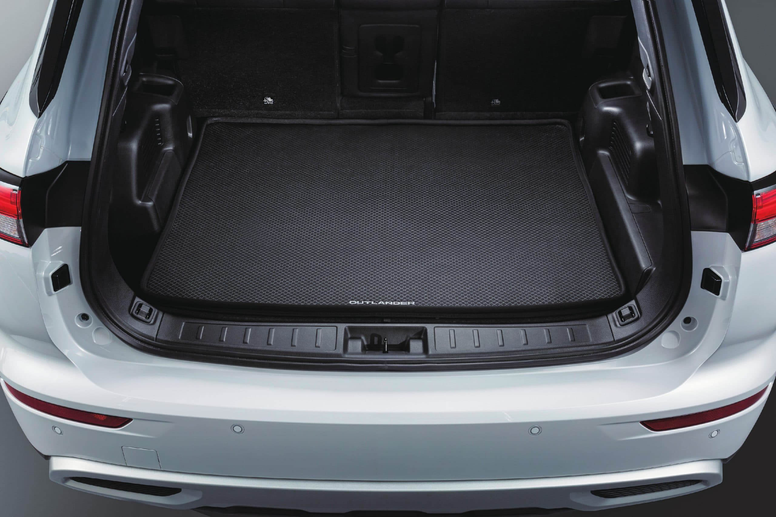 Cargo Liner - 5 Seater